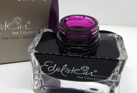 Pelikan Edelstein Ink Amethyst - Ink of the Year 2015