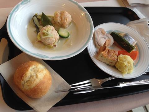 ローテ・ローゼ ハウスメッセ 鮭を使った料理